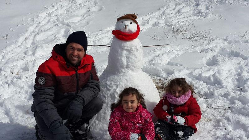 A Kurdish/Syrian/Canadian snowman!